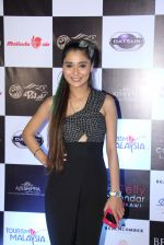 Sara Khan at Tele calendar launch on 26th Dec 2016 (65)_58625ba3984a5.JPG