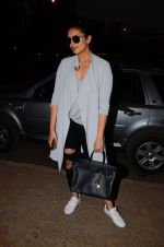 Huma Qureshi snapped post dubbing for her hollywood film Viceroy House on 27th Dec 2016 (14)_586368cc6af2d.JPG