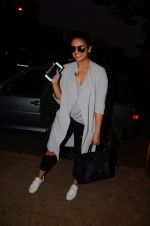 Huma Qureshi snapped post dubbing for her hollywood film Viceroy House on 27th Dec 2016 (1)_586368c4a334e.JPG