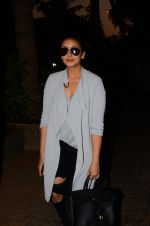 Huma Qureshi snapped post dubbing for her hollywood film Viceroy House on 27th Dec 2016 (4)_586368c69f5c5.JPG