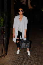 Huma Qureshi snapped post dubbing for her hollywood film Viceroy House on 27th Dec 2016 (7)_586368c856b07.JPG