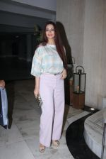 Sonali Bendre at Manish Malhotra_s bash for Priyanka Chopra on 27th Dec 2016 (24)_58636ac4cddfd.JPG