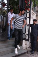 Sushant Singh Rajput snapped in Bandra on 27th Dec 2016 (5)_5863690d475f7.JPG
