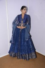 Model at Anju Modi Luxury Festive 2017 collection on 29th Dec 2016 (139)_5866063e7eca2.JPG