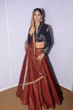 Model at Anju Modi Luxury Festive 2017 collection on 29th Dec 2016 (143)_58660641a83de.JPG