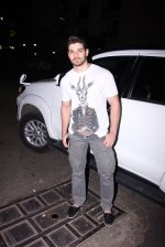 Sooraj pancholi snapped on 29th Dec 2016 (3)_5866054689d42.JPG