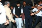 Abhishek Bachchan at Om Puri_s funeral on 7th Jan 2017 (77)_5872225c967e5.JPG