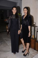 Deepti Gujral, Candice Pinto at Manish Malhotra hosts dinner for Vogue International�s Suzy Menkes on 6th Jan 2016 (42)_5872235b5d5e1.JPG
