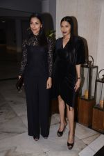 Deepti Gujral, Candice Pinto at Manish Malhotra hosts dinner for Vogue International�s Suzy Menkes on 6th Jan 2016 (43)_58722367742cd.JPG