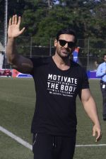 John Abraham at national soccer finals for schools on 7th Jan 2017 (32)_58723f427ee93.jpg