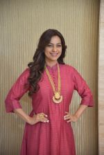 Juhi Chawla at Discon as she speaks about evils of plastic and pollution on 7th Jan 2016 (27)_58723f7e0fbb6.JPG