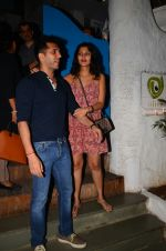 Ritesh Sidhwani snapped at Olive on 6th Dec 2016 (4)_5872224a1d62f.jpg