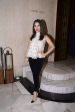 Sophie Chaudhary at Manish Malhotra hosts dinner for Vogue International�s Suzy Menkes on 6th Jan 2016 (61)_587224850dc0a.JPG