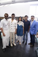 Ajay Devgan at Sheesha Sky Lounge launch on 8th Jan 2017 (20)_58735a765e9c0.JPG