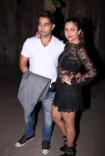 Amrita Arora at Farhan Akhtar_s bash at home on 8th Jan 2017 (18)_58735abb8eb01.JPG