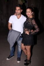 Amrita Arora at Farhan Akhtar_s bash at home on 8th Jan 2017 (19)_58735abc23de0.JPG