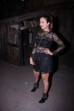 Amrita Arora at Farhan Akhtar_s bash at home on 8th Jan 2017 (24)_58735abeed951.JPG