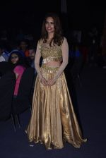 Esha Gupta at Star Plus Dhakkad Dhamaal on 8th Jan 2017 (221)_58735e0f53f9d.JPG