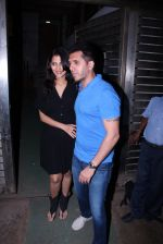 Ritesh Sidhwani at Farhan Akhtar_s bash at home on 8th Jan 2017 (44)_58735af85388c.JPG