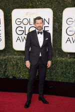 celeb at 74th Golden Globe Awards on 8th Jan 2017 (132)_58735a7f10547.jpg