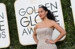 celeb at 74th Golden Globe Awards on 8th Jan 2017 (105)_58735a6008ed6.jpg