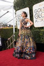 celeb at 74th Golden Globe Awards on 8th Jan 2017 (125)_58735a76c4a6a.jpg