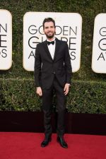 celeb at 74th Golden Globe Awards on 8th Jan 2017 (99)_58735a5902599.jpg