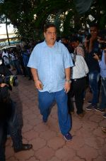 David Dhawan at Nandita Puri prayer meet for Om puri on 9th Jan 2017 (66)_587480b9c09d7.JPG