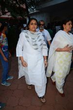 Supriya Pathak at Nandita Puri prayer meet for Om puri on 9th Jan 2017 (104)_5874815ec720b.JPG