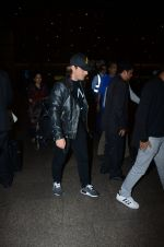 Dj Axwell snapped at airport on 10th Jan 2017 (41)_587606c7c85fd.JPG