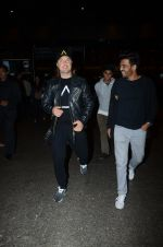 Dj Axwell snapped at airport on 10th Jan 2017 (48)_587606cc42dd6.JPG