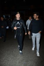 Dj Axwell snapped at airport on 10th Jan 2017 (49)_587606ccca815.JPG