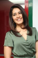 Raashi Khanna photo shoot  (1)_5876075c5643a.JPG