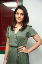 Raashi Khanna photo shoot  (27)_5876077003f55.JPG