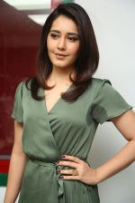 Raashi Khanna photo shoot  (28)_58760770a7a56.JPG