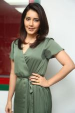 Raashi Khanna photo shoot  (3)_5876075dae24b.JPG