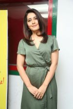 Raashi Khanna photo shoot  (31)_58760772cd53f.JPG