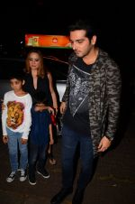 Zayed Khan at Hrithik Roshan_s bday bash on 10th Jan 2017 (10)_58762a960a459.JPG