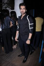 Arjan Bajwa at Dabboo Ratnani calendar launch in Mumbai on 11th Jan 2017 (336)_587755a880727.JPG