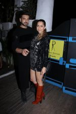 Karan Kundra at Dabboo Ratnani calendar launch in Mumbai on 11th Jan 2017 (355)_587756a678940.JPG