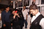 Shahrukh Khan at Dabboo Ratnani calendar launch in Mumbai on 11th Jan 2017 (287)_5877577def264.JPG