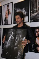Shahrukh Khan at Dabboo Ratnani calendar launch in Mumbai on 11th Jan 2017 (494)_587757a13cac5.JPG
