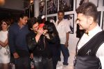 Shahrukh Khan at Dabboo Ratnani calendar launch in Mumbai on 11th Jan 2017 (286)_5877577d5f993.JPG