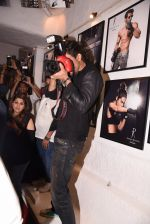 Shahrukh Khan at Dabboo Ratnani calendar launch in Mumbai on 11th Jan 2017 (290)_5877577fdbe04.JPG