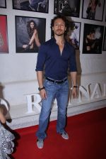 Tiger Shroff at Dabboo Ratnani calendar launch in Mumbai on 11th Jan 2017 (141)_587757f5e99b8.JPG