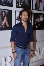 Tiger Shroff at Dabboo Ratnani calendar launch in Mumbai on 11th Jan 2017 (145)_5877586f22d7a.JPG