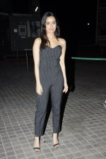 Shraddha Kapoor at OK Jaanu screening in Mumbai on 12th Jan 2017 (73)_58787e8697cc9.JPG