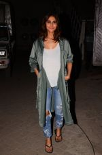 Vaani Kapoor snapped at Mehboob studio on 12th Jan 2017 (11)_587880ab3e478.JPG