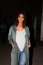 Vaani Kapoor snapped at Mehboob studio on 12th Jan 2017 (16)_587880ae2a6f7.JPG