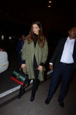 Deepika Padukone snapped on 13th Jan 2017 (6)_587a1f6a14abc.JPG